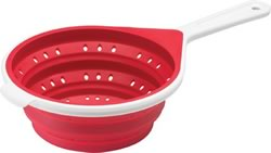 silicone colander from Chef'n collapses
